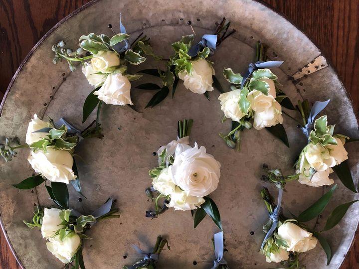 Tmx Img 1959 51 1002001 1561290239 Oakland, MI wedding florist