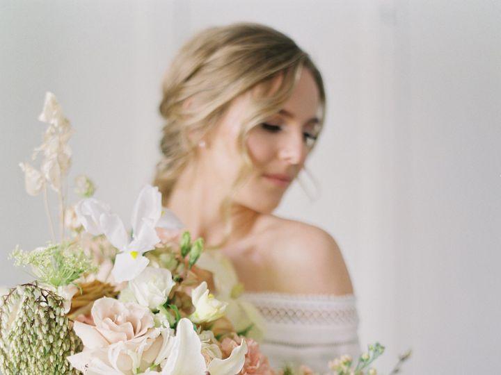Tmx Saraweir270 51 1002001 1561289675 Oakland, MI wedding florist