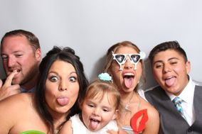 Snapz Photobooth Rental Company