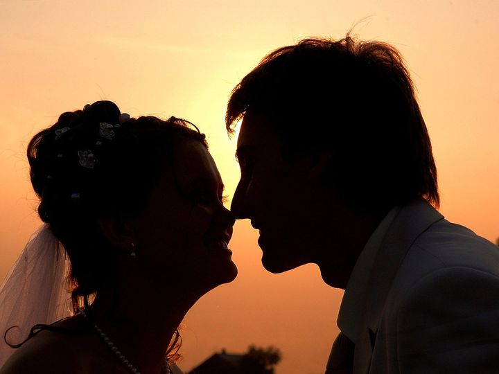 Tmx Couple Silhouette 51 673001 Marysville, WA wedding officiant
