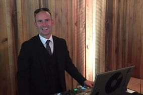 DJ DXN
