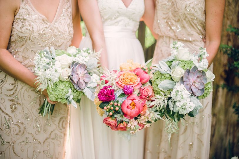 A modern take on the bridesmaid bouquets.