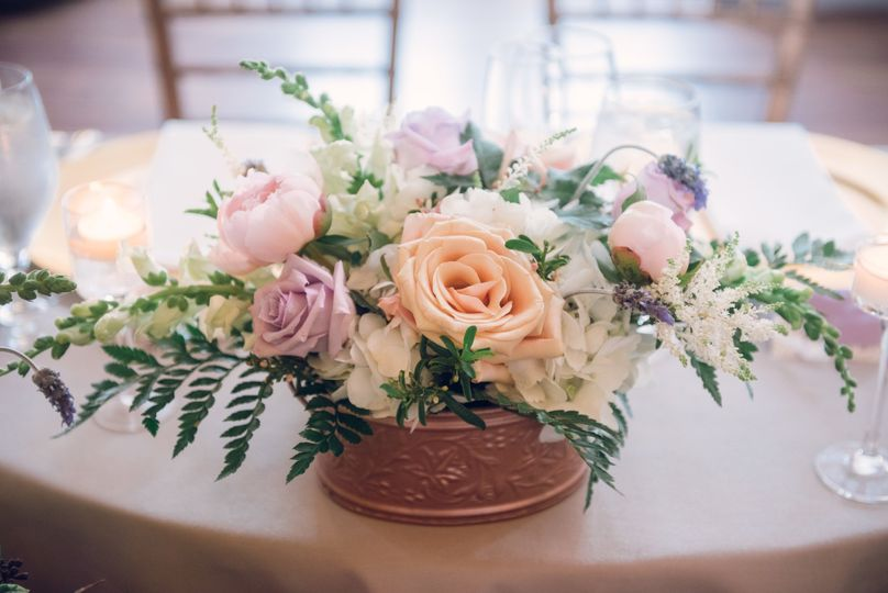Copper, blush & lavender are a beautiful combination for a lush spring wedding.