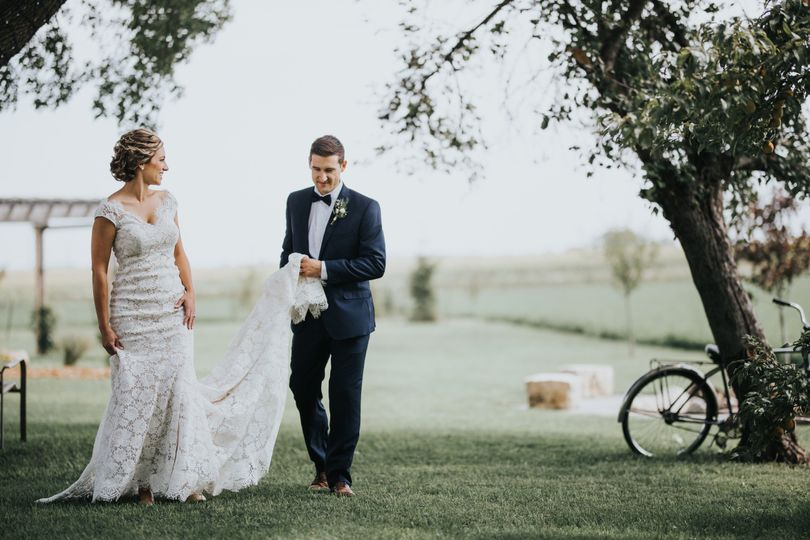 Red Brick Barn wedding
