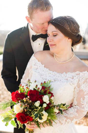A romantic winter wedding in Des Moines, Iowa