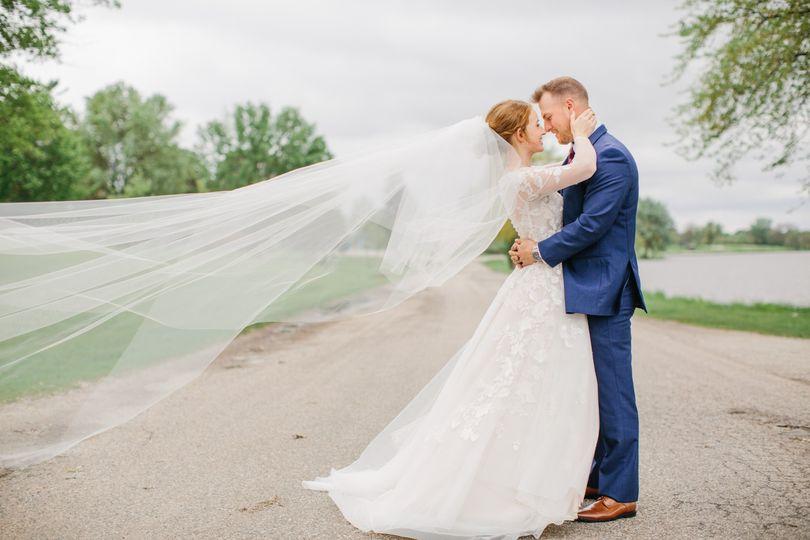 Elegant bride with long veil