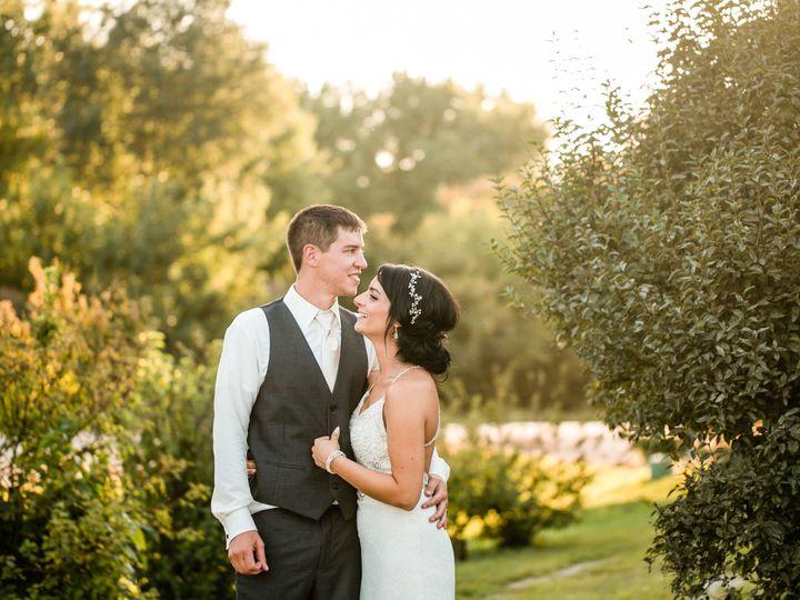 Tmx 1537223101 B5ced60a6693ffe7 1537223099 E03faf6c336eede6 1537223099441 1 C94A1787 Des Moines, IA wedding photography