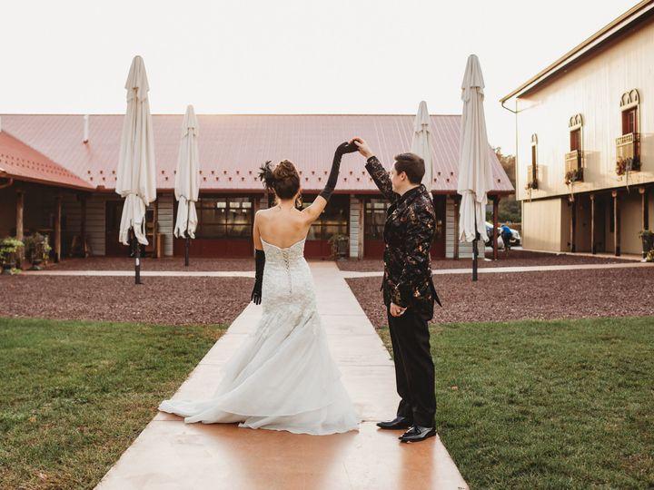 Tmx Mthopeestatewinery Wedding Carriekizuka 304 51 1060101 160513844025143 Chambersburg, PA wedding planner