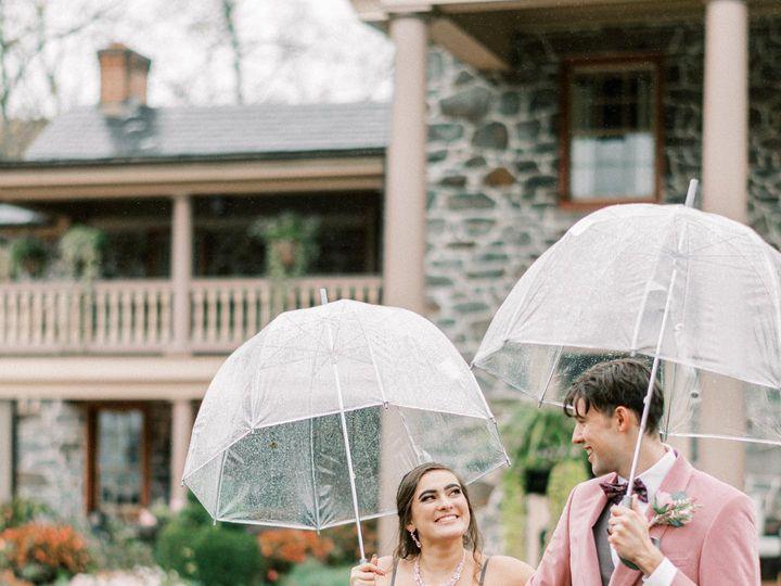 Tmx Umbrella 51 1060101 160513749460194 Chambersburg, PA wedding planner