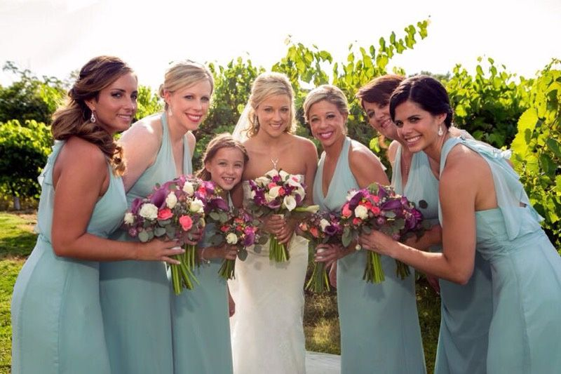 Winery-Bridal party