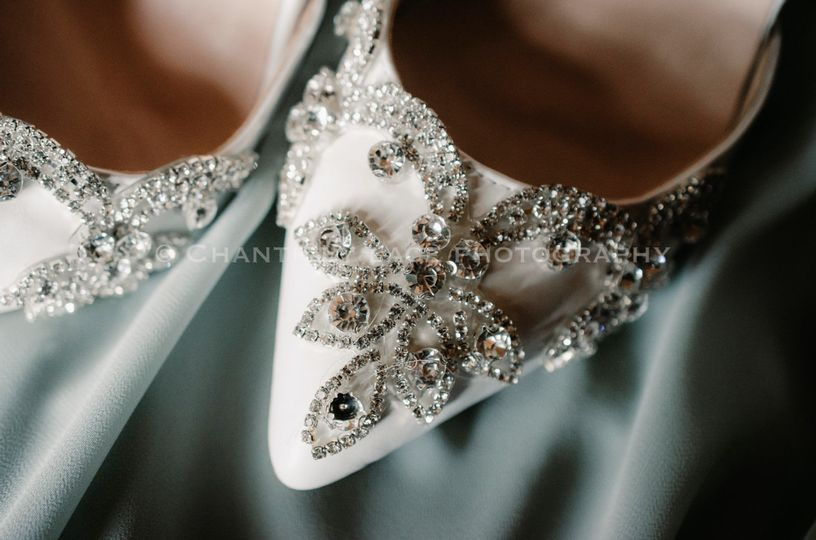 Wedding details - Chantilly Lace Videography
