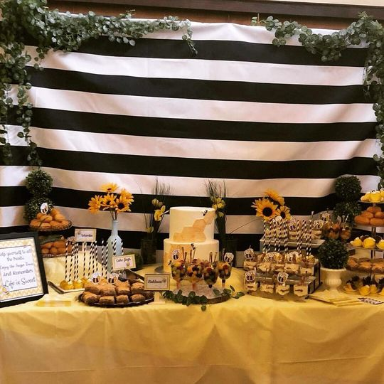 Mommy-to-BEE Desserts