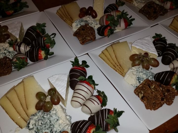 Tmx Post Dinner Fruit Cheese Plate Cheat A Little Catering 51 1044101 159267643057284 San Mateo, CA wedding catering