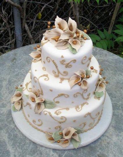 Champagne Calla Lily wedding cake