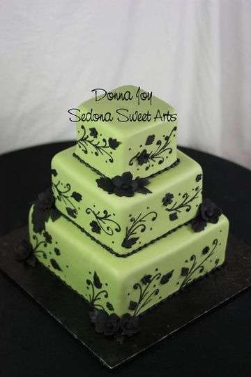 Green & Black Wedding cake