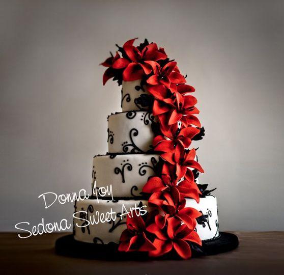 Donna Joy's Pastillage sugar Lily Cake