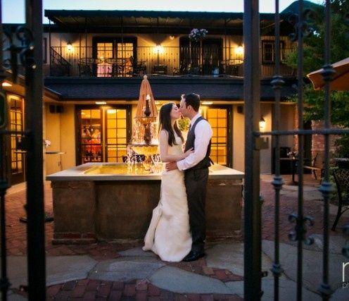 bride groom courtyard night 2