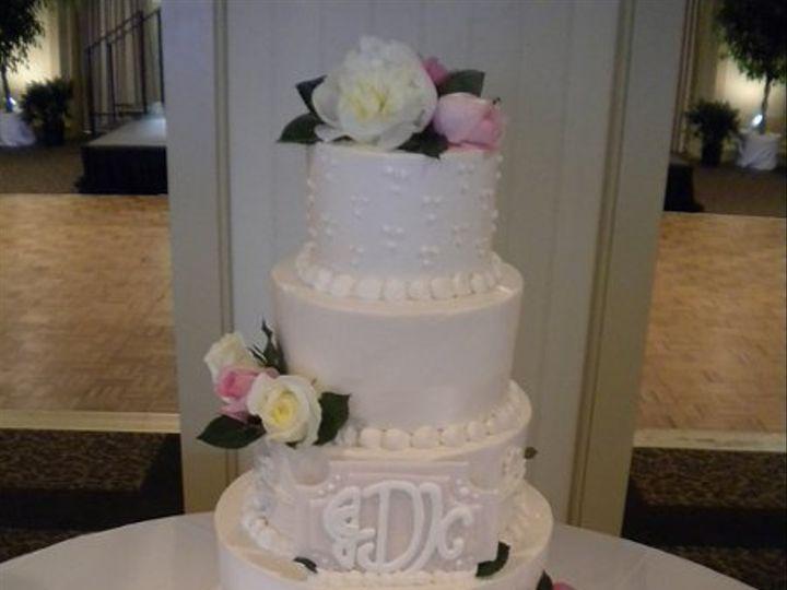 Tmx 1323105996036 DSCN0383 Pinehurst wedding cake