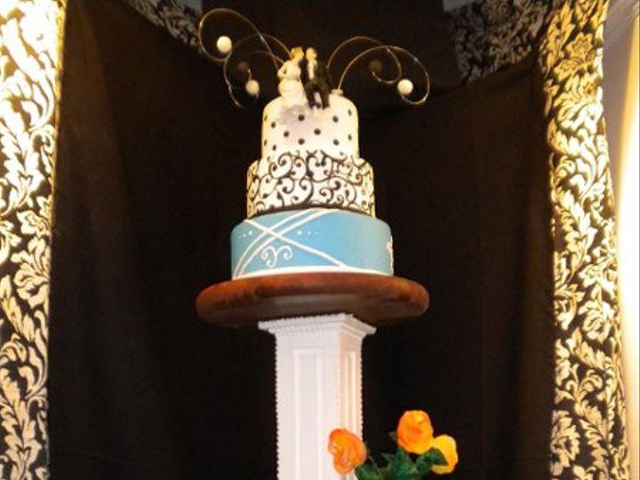 Tmx 1323106255105 DSCN1939 Pinehurst wedding cake