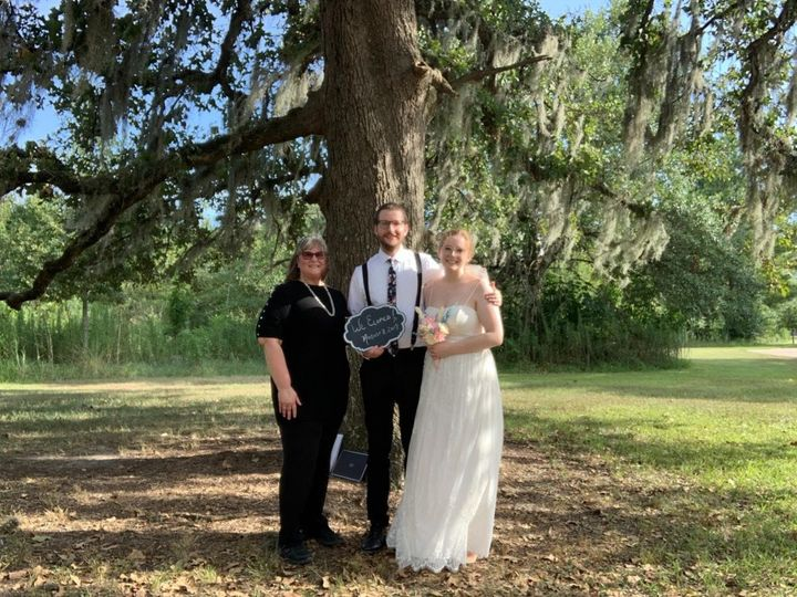 Tmx Berry Elopement 8 51 1073201 1566939332 Houston, TX wedding officiant