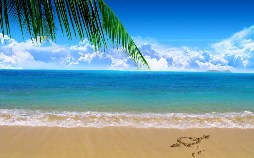 love heart on beach sand 2560x1600 156