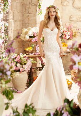 Tmx 1477516487263 6807 Coralville, IA wedding dress