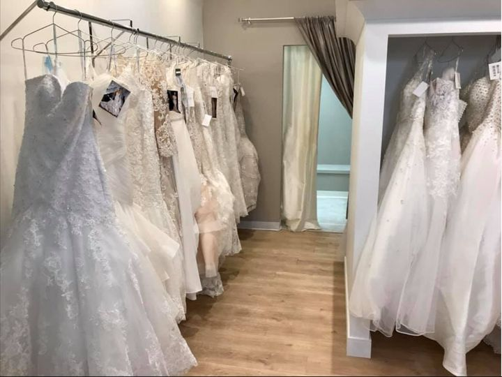 Tmx Screen Shot 2019 11 14 At 3 49 40 Pm 51 734201 157377012992461 Coralville, IA wedding dress