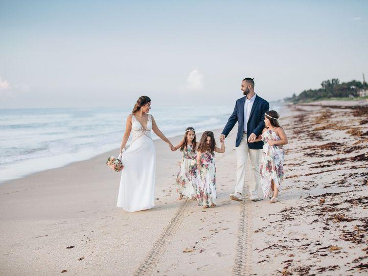 Tmx 2019 07 23 23 Thais Raz 173 51 775201 162329162235337 Miami, FL wedding photography