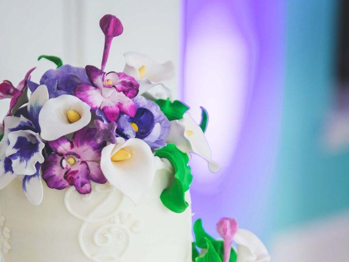Tmx 1371569060798 Whiteflowers1 Philadelphia, Pennsylvania wedding cake