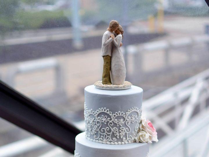 Tmx 1500044451147 Lovaasen Tremper Wedding Philadelphia, Pennsylvania wedding cake