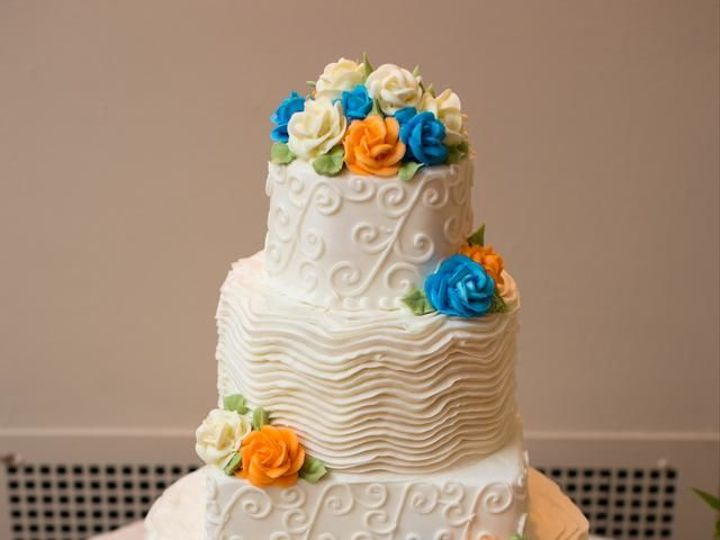 Tmx 1518638368 Bfa4310bf6163c9b 1518638337 F4da3b8436fe2723 1518638336323 9 Layla And Scroll W Philadelphia, Pennsylvania wedding cake