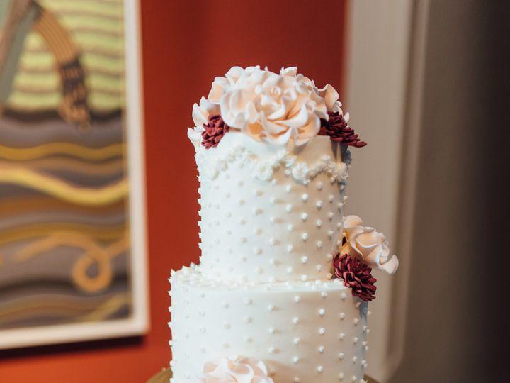 Tmx 1533743266 19034231ba1e5dbd 1533743264 37446baa51d423a5 1533743295297 2 Chase Erica Weddin Philadelphia, Pennsylvania wedding cake