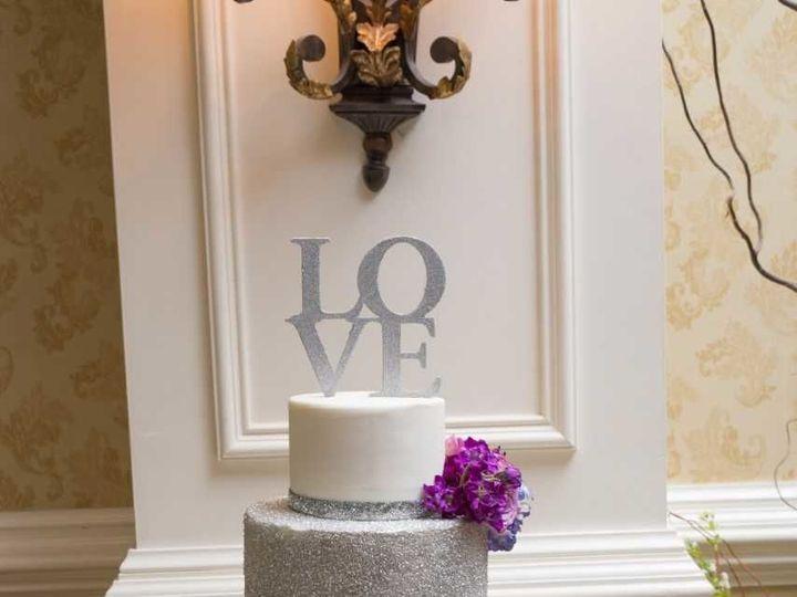 Tmx 1533744530 E8b843d1b82eaf55 1533744529 3bbfa8dac33adfcf 1533744560579 2 Rose And Nathan 4 Philadelphia, Pennsylvania wedding cake