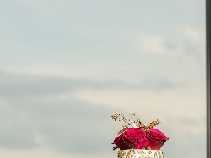 Tmx 1533744755 3bb476762b1c7d13 1533744753 402fd8bbcd1f2770 1533744784434 3 Visesh Sugar House Philadelphia, Pennsylvania wedding cake