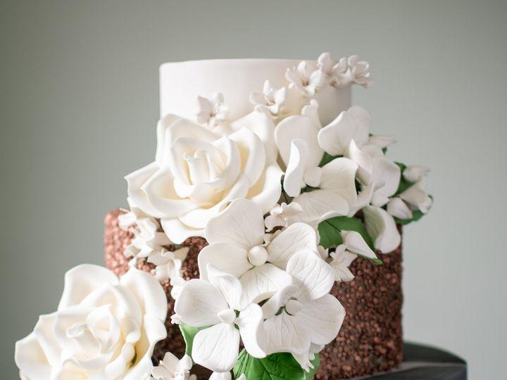 Tmx Dsc 3904 51 16201 Philadelphia, Pennsylvania wedding cake