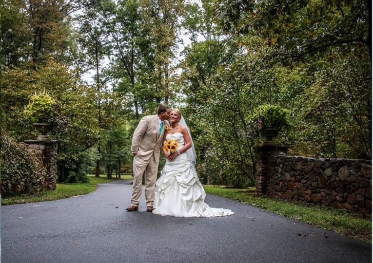 Congratulations Ivana and Peyton. Photo by Kirsten Guthrie Photography