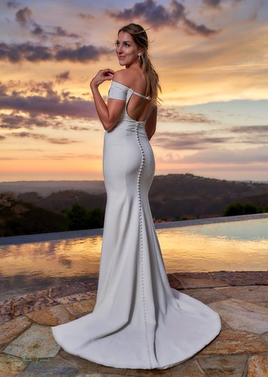 Elegant bridal portrait.