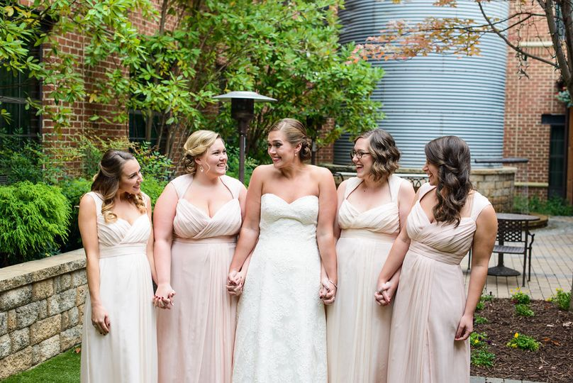 Bride and her bridesmaids | Photo credit: Lauren C Photography