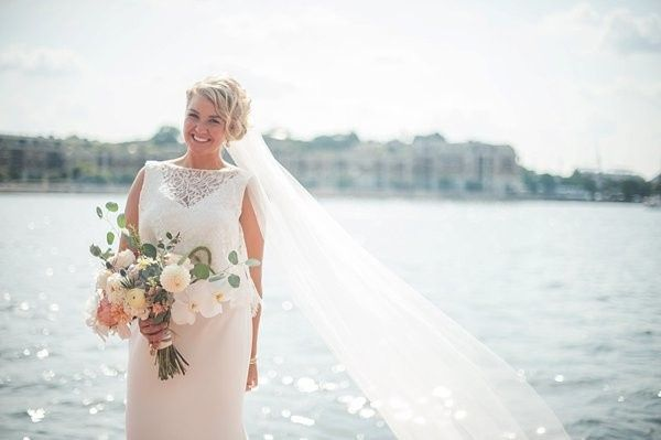 Bride by the lake | Meaghan Elliott Photography