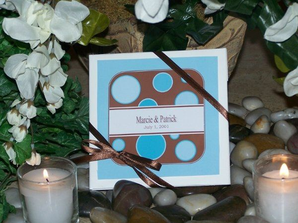 This design can be personalized with your choice of colors along with your name & wedding date.