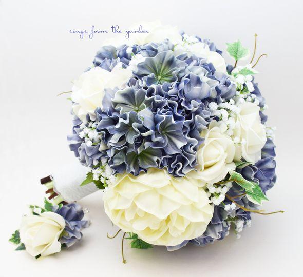 bluehydrangeabouquet