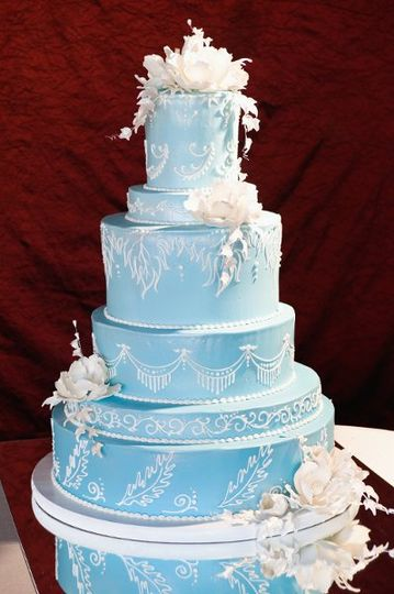 Icey blue wedding cake