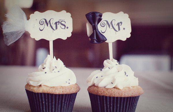 Tmx 1335019174483 9mrandmrs Huntington wedding cake