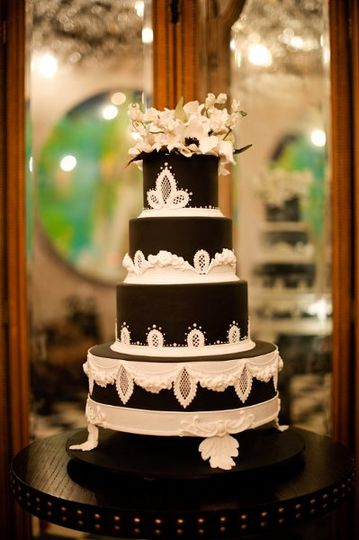 Cake by Ron-Ben Israel - Photography by Brian Dorsey Studios