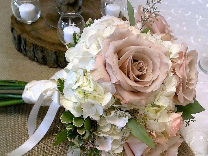 Tmx 1493067572473 2016 08 1111.44.51 North Tonawanda, NY wedding florist