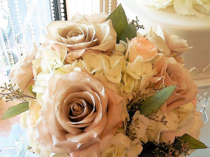 Tmx 1493067591677 2016 08 1111.45.55 North Tonawanda, NY wedding florist