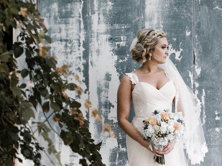 Tmx 1513186728 5b9a899ea0206b40 22712461 1371683472940334 4033793979087473780 O North Tonawanda, NY wedding florist