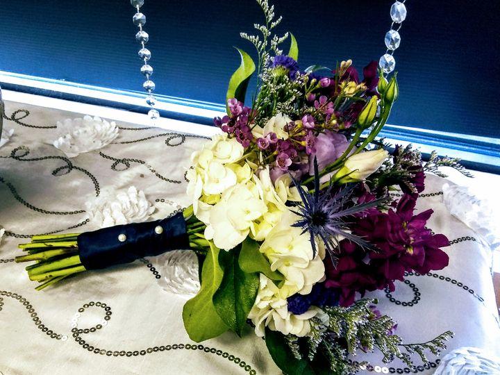 Tmx Img 20190914 112024600 51 436301 160935776533351 North Tonawanda, NY wedding florist