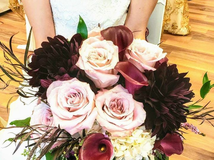 Tmx Img 20190930 214120 941 51 436301 160935826044657 North Tonawanda, NY wedding florist
