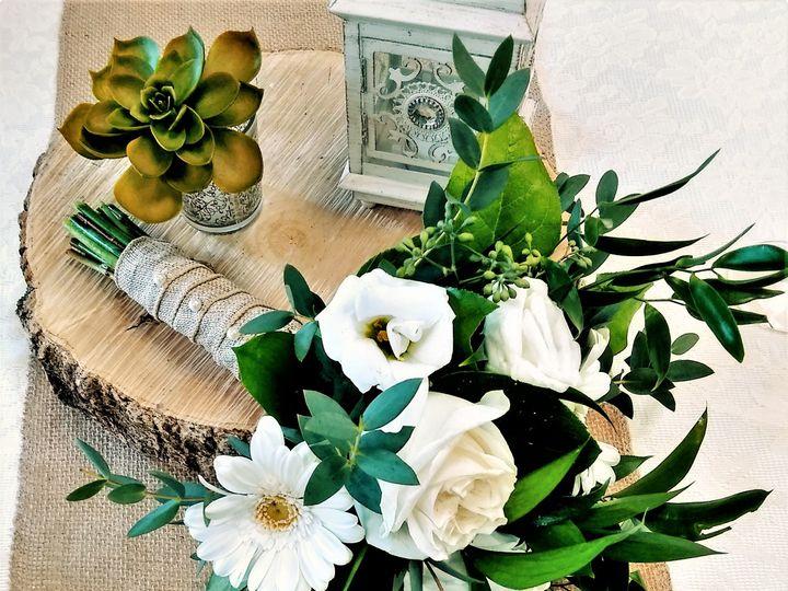 Tmx White With Assorted Greens 2 51 436301 160935993977320 North Tonawanda, NY wedding florist